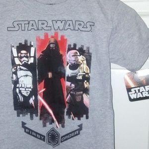 Star Wars T-shirt Boys size 4 with tags.